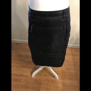32degree Heat, long weatherproof outdoor skirt